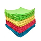 Microfiber cleaning cloths in different colors